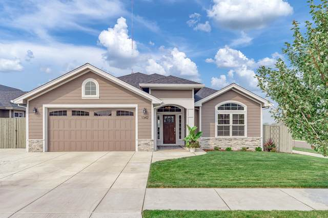 1342 Stonegate Drive, Medford, OR 97504 (MLS #220109271) :: Bend Homes Now