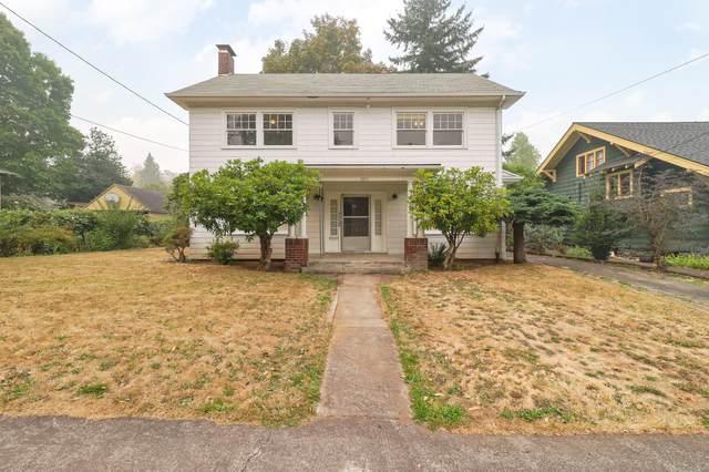 2211 NE 53rd Avenue, Portland, OR 97213 (MLS #220109284) :: Fred Real Estate Group of Central Oregon