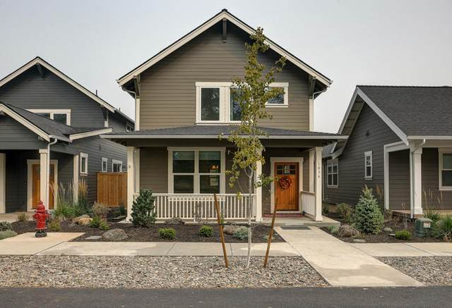 1036 E Black Butte Avenue, Sisters, OR 97759 (MLS #220109306) :: Fred Real Estate Group of Central Oregon