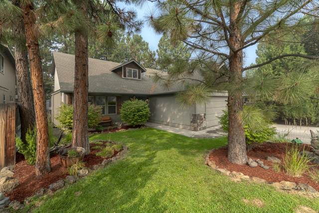 61341 Osprey Nest Place, Bend, OR 97702 (MLS #220109310) :: Coldwell Banker Bain