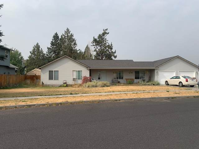 3125 NE Weeping Willow Drive, Bend, OR 97701 (MLS #220109347) :: Fred Real Estate Group of Central Oregon
