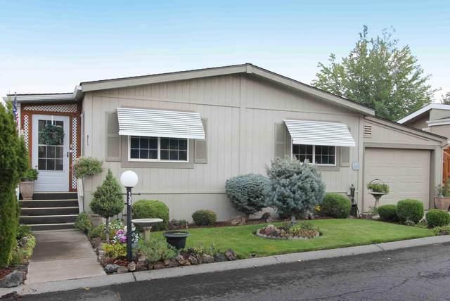 1001 SE 15th Street Unit 135, Bend, OR 97702 (MLS #220109385) :: Windermere Central Oregon Real Estate