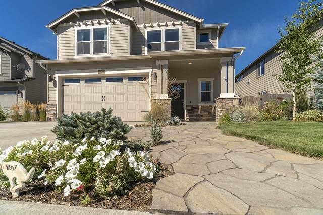60913 SE Sweet Pea Drive, Bend, OR 97702 (MLS #220109402) :: Bend Homes Now