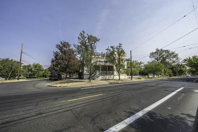 599 E Main Street, Ashland, OR 97520 (MLS #220109464) :: FORD REAL ESTATE