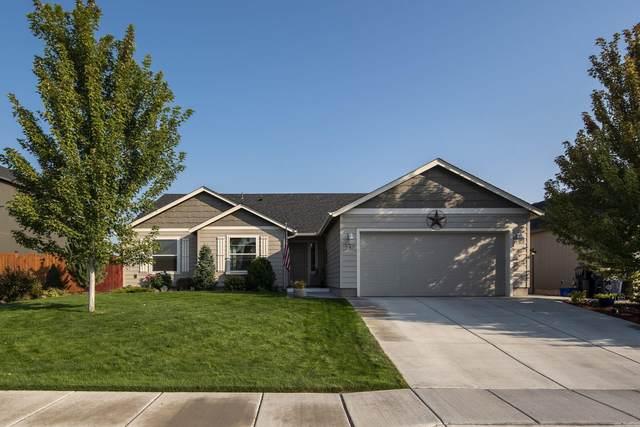 747 NE Redwood Court, Redmond, OR 97756 (MLS #220109538) :: Team Birtola | High Desert Realty