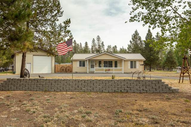 53840 7th Street, La Pine, OR 97739 (MLS #220109608) :: Coldwell Banker Bain