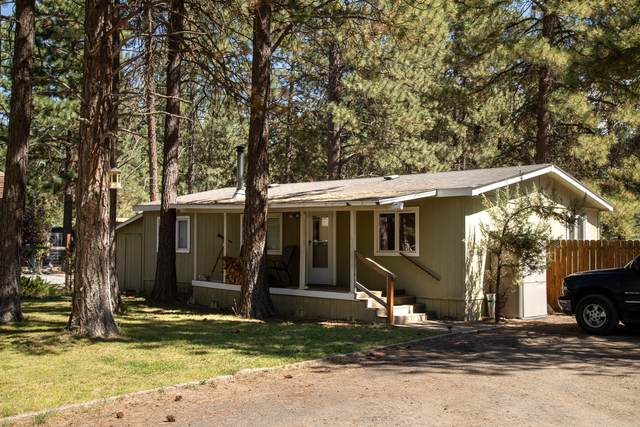 19447 Apache Road, Bend, OR 97702 (MLS #220109645) :: The Ladd Group