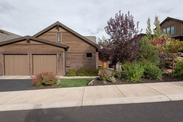 61338 Triple Knot Road, Bend, OR 97702 (MLS #220109691) :: Team Birtola | High Desert Realty