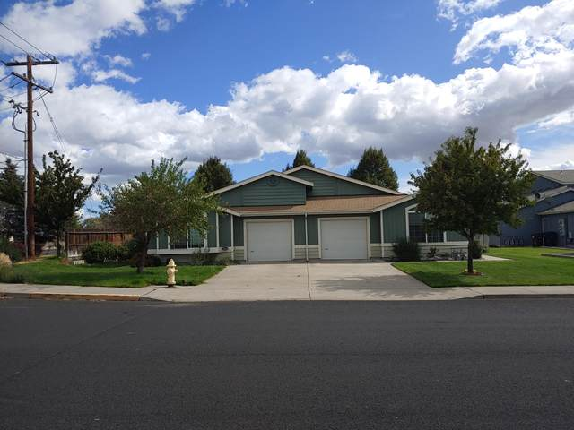 1550 NE 5th Street, Redmond, OR 97756 (MLS #220109695) :: Fred Real Estate Group of Central Oregon