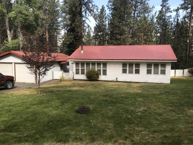 138759 Rainbow Circle, Gilchrist, OR 97737 (MLS #220109776) :: Coldwell Banker Bain