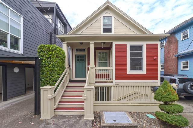 2163 NW Everett Street, Portland, OR 97210 (MLS #220109801) :: The Ladd Group