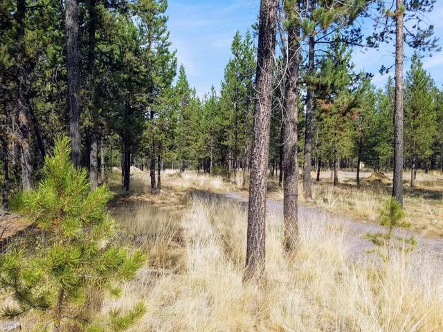 17114 Bakersfield Road, Bend, OR 97707 (MLS #220109868) :: The Ladd Group