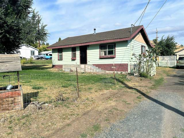 3031 Butte Street, Klamath Falls, OR 97601 (MLS #220109870) :: The Ladd Group