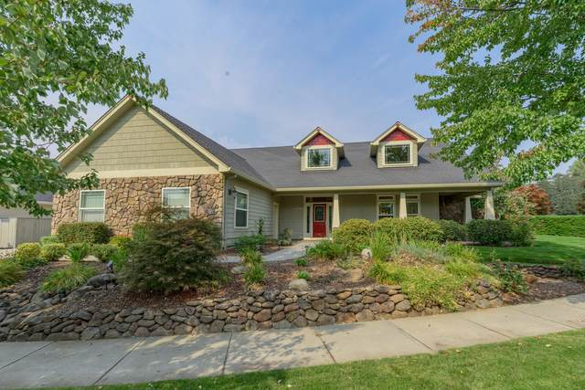 2161 Duncan Drive, Medford, OR 97504 (MLS #220109874) :: The Ladd Group