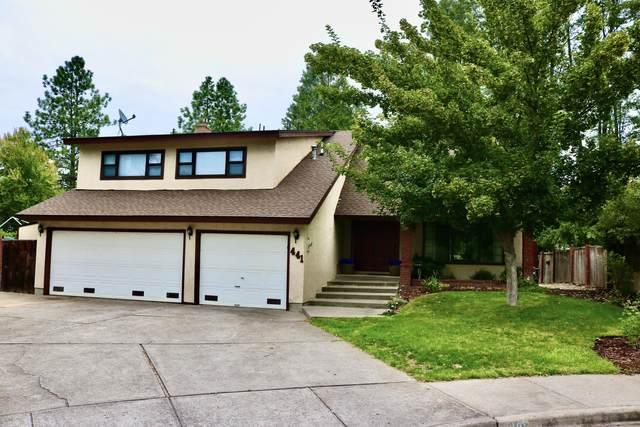 441 Silverado Circle, Medford, OR 97504 (MLS #220109882) :: The Ladd Group