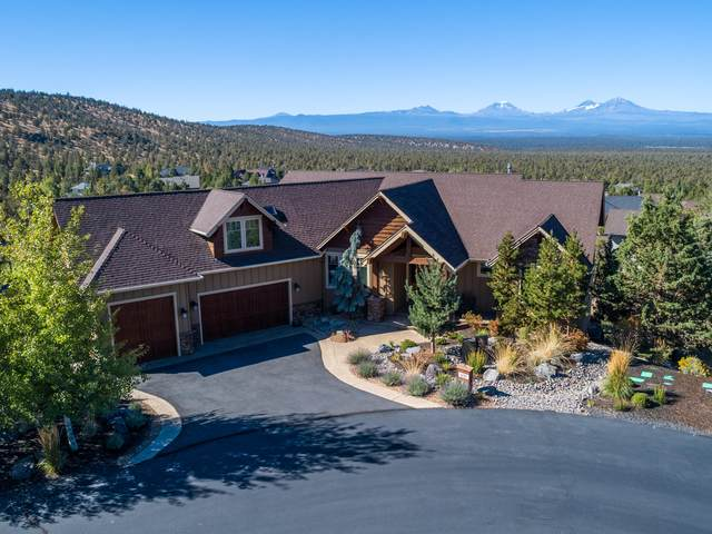 1221 Sweeping View Court, Redmond, OR 97756 (MLS #220109986) :: Vianet Realty