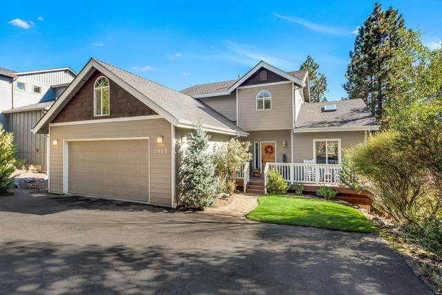 1915 SW Prestwick Place, Bend, OR 97702 (MLS #220109994) :: Fred Real Estate Group of Central Oregon