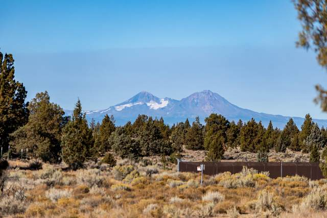 Lot 443 SW Chaparral Drive, Powell Butte, OR 97753 (MLS #220110061) :: The Payson Group