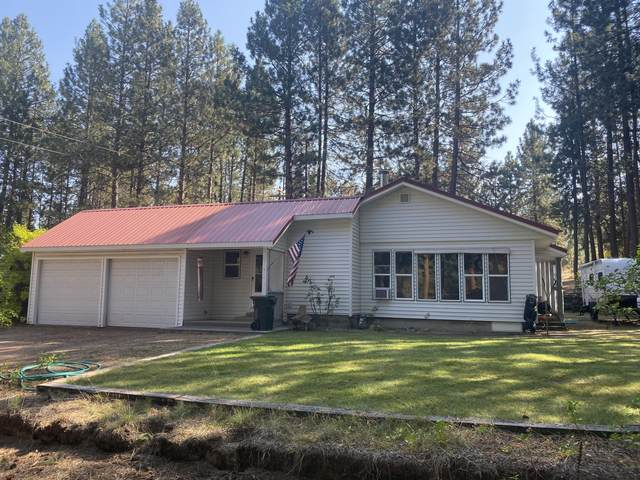 138711 Rainbow Circle, Gilchrist, OR 97737 (MLS #220110150) :: Coldwell Banker Sun Country Realty, Inc.
