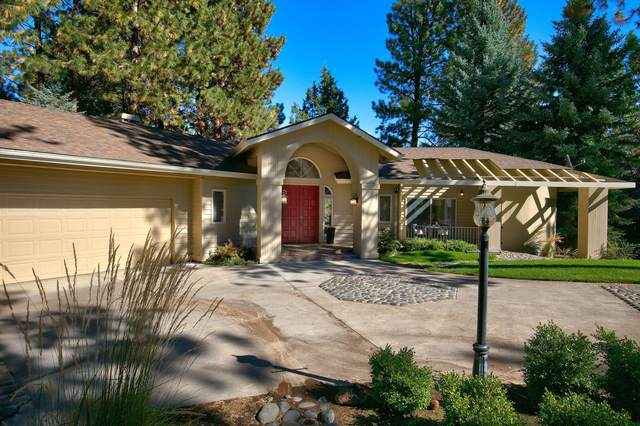 20452 Timberline Court, Bend, OR 97702 (MLS #220110273) :: Berkshire Hathaway HomeServices Northwest Real Estate