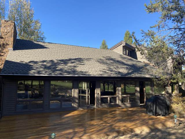57688 Vine Maple Lane, Sunriver, OR 97707 (MLS #220110275) :: The Payson Group