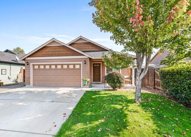 8300 29th Street, White City, OR 97503 (MLS #220110301) :: The Payson Group