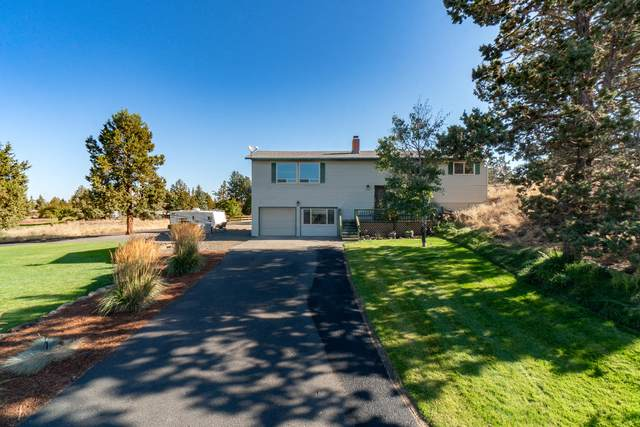 950 NW 49th Street, Redmond, OR 97756 (MLS #220110310) :: Coldwell Banker Sun Country Realty, Inc.