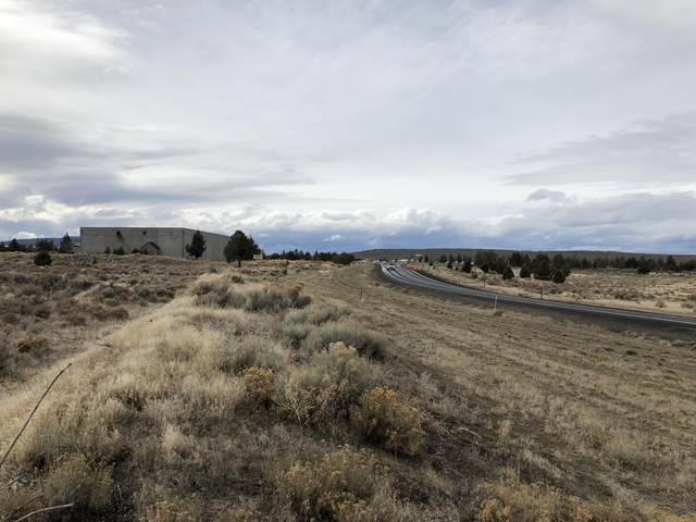 1577 Piper Way, Prineville, OR 97754 (MLS #220110658) :: Fred Real Estate Group of Central Oregon