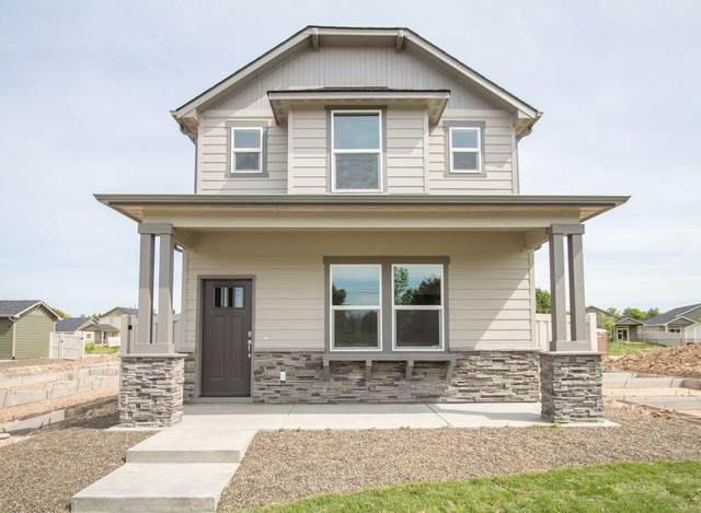 2581-Lot #10 NW Spruce Place, Redmond, OR 97756 (MLS #220110671) :: Central Oregon Home Pros