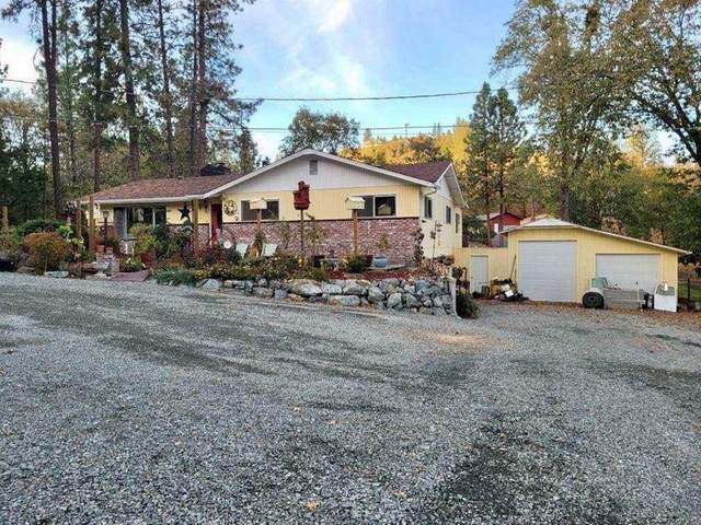 1746 Lonnon Road, Grants Pass, OR 97527 (MLS #220110678) :: The Ladd Group