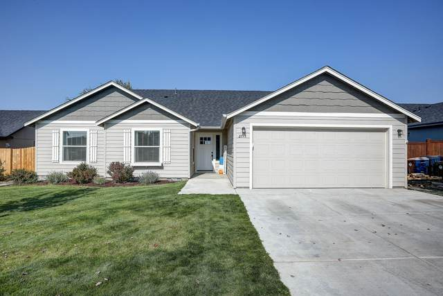 2715 NE 6th Drive, Redmond, OR 97756 (MLS #220110691) :: Coldwell Banker Sun Country Realty, Inc.