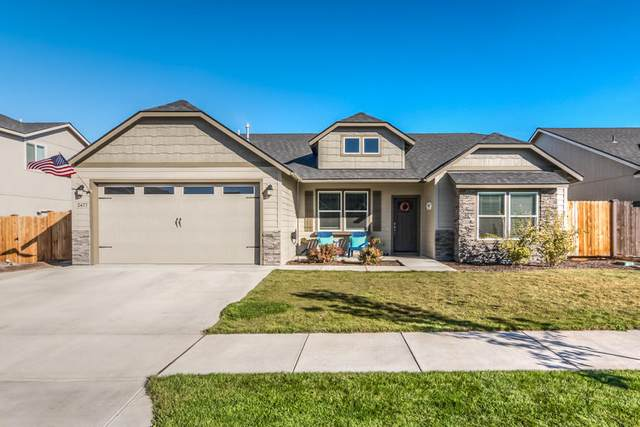 2477 NW Hazelwood Avenue, Redmond, OR 97756 (MLS #220110705) :: Coldwell Banker Sun Country Realty, Inc.
