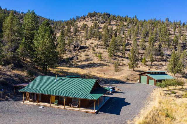 10920 SE Wickiup Road, Prineville, OR 97754 (MLS #220110737) :: Coldwell Banker Sun Country Realty, Inc.