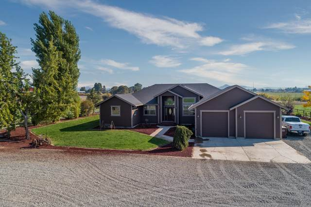 3300 NW Madras Highway, Prineville, OR 97754 (MLS #220110740) :: The Payson Group