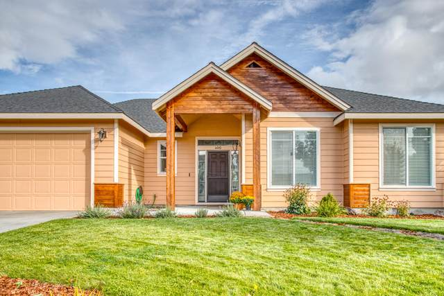 400 NW 16th Place, Redmond, OR 97756 (MLS #220110757) :: Central Oregon Home Pros