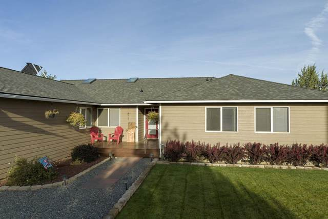 14140 SW Stallion Drive, Terrebonne, OR 97760 (MLS #220110760) :: Coldwell Banker Sun Country Realty, Inc.