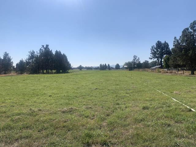 18895 Couch Market Road, Bend, OR 97703 (MLS #220110770) :: Bend Relo at Fred Real Estate Group
