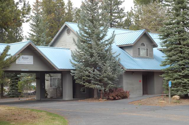56890 Venture Lane, Sunriver, OR 97707 (MLS #220110871) :: The Payson Group
