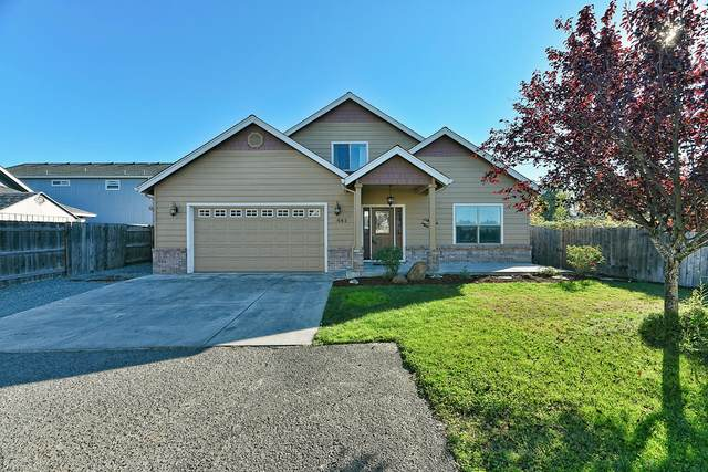 641 Spring Valley Drive, Medford, OR 97501 (MLS #220110874) :: The Payson Group