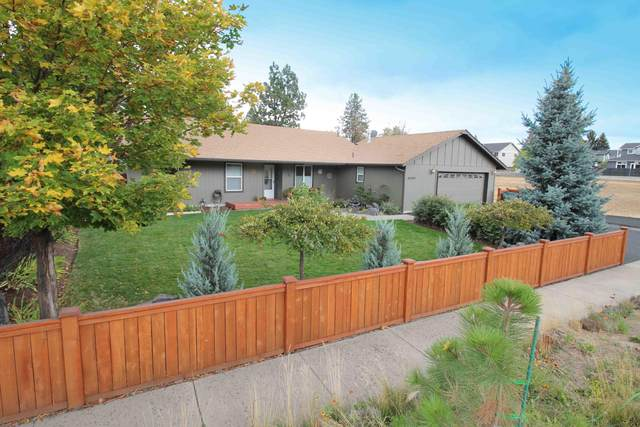 61442 Brookswood Boulevard, Bend, OR 97702 (MLS #220110907) :: The Payson Group