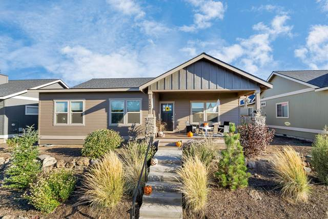 63844 Hunters Circle, Bend, OR 97701 (MLS #220110926) :: Berkshire Hathaway HomeServices Northwest Real Estate