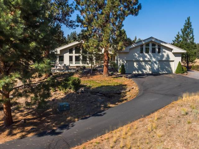 1950 NW Putnam Road, Bend, OR 97701 (MLS #220110951) :: The Payson Group