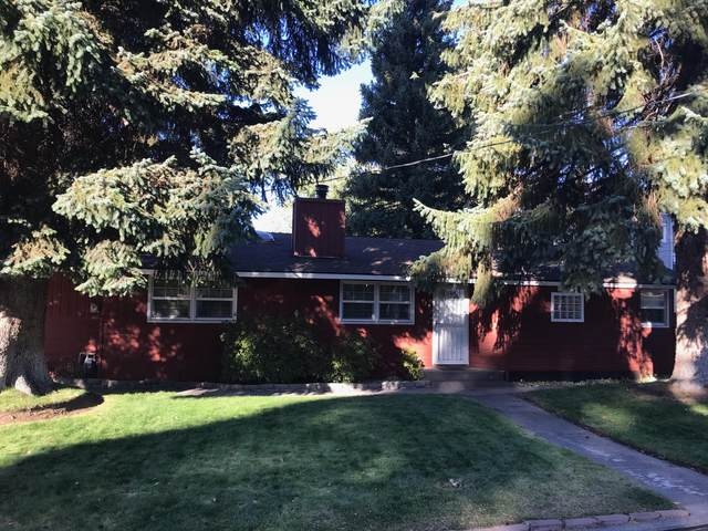 927 NE 12th Street, Bend, OR 97701 (MLS #220110962) :: Coldwell Banker Sun Country Realty, Inc.