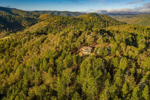 5208 W Griffin Creek Road, Medford, OR 97501 (MLS #220110971) :: Top Agents Real Estate Company
