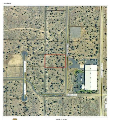 Lot 900 SW Commerce Court, Prineville, OR 97754 (MLS #220111056) :: Team Birtola | High Desert Realty