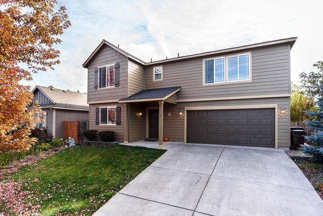2872 SW Deschutes Drive, Redmond, OR 97756 (MLS #220111116) :: Coldwell Banker Sun Country Realty, Inc.