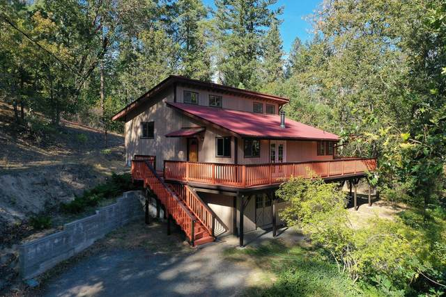 175 Earhart Road, Rogue River, OR 97537 (MLS #220111131) :: The Payson Group