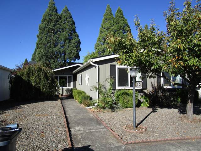 555 Freeman Road Unit 24, Central Point, OR 97502 (MLS #220111145) :: Top Agents Real Estate Company