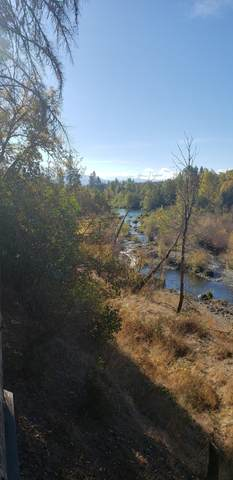 210 Farris Lane, Cave Junction, OR 97523 (MLS #220111146) :: Top Agents Real Estate Company