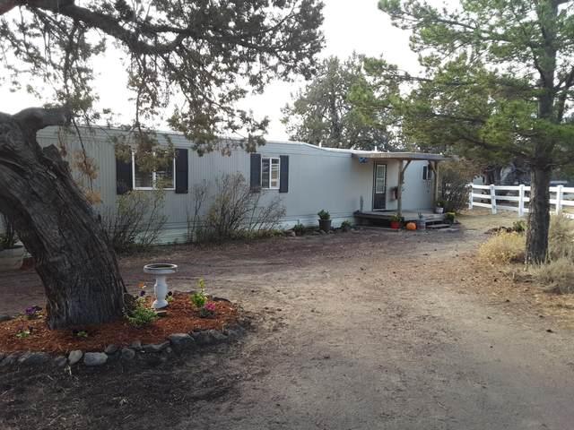 6420 SW Jaguar Avenue, Redmond, OR 97756 (MLS #220111162) :: Fred Real Estate Group of Central Oregon